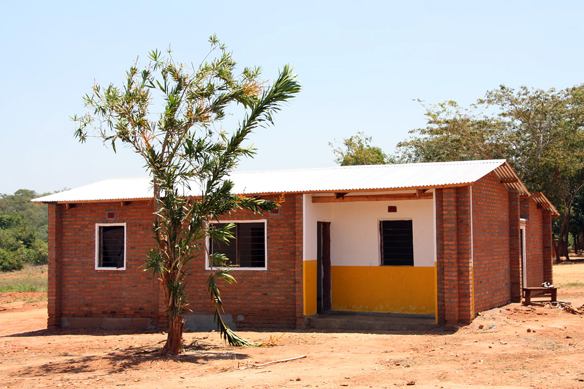Toilet Block completed